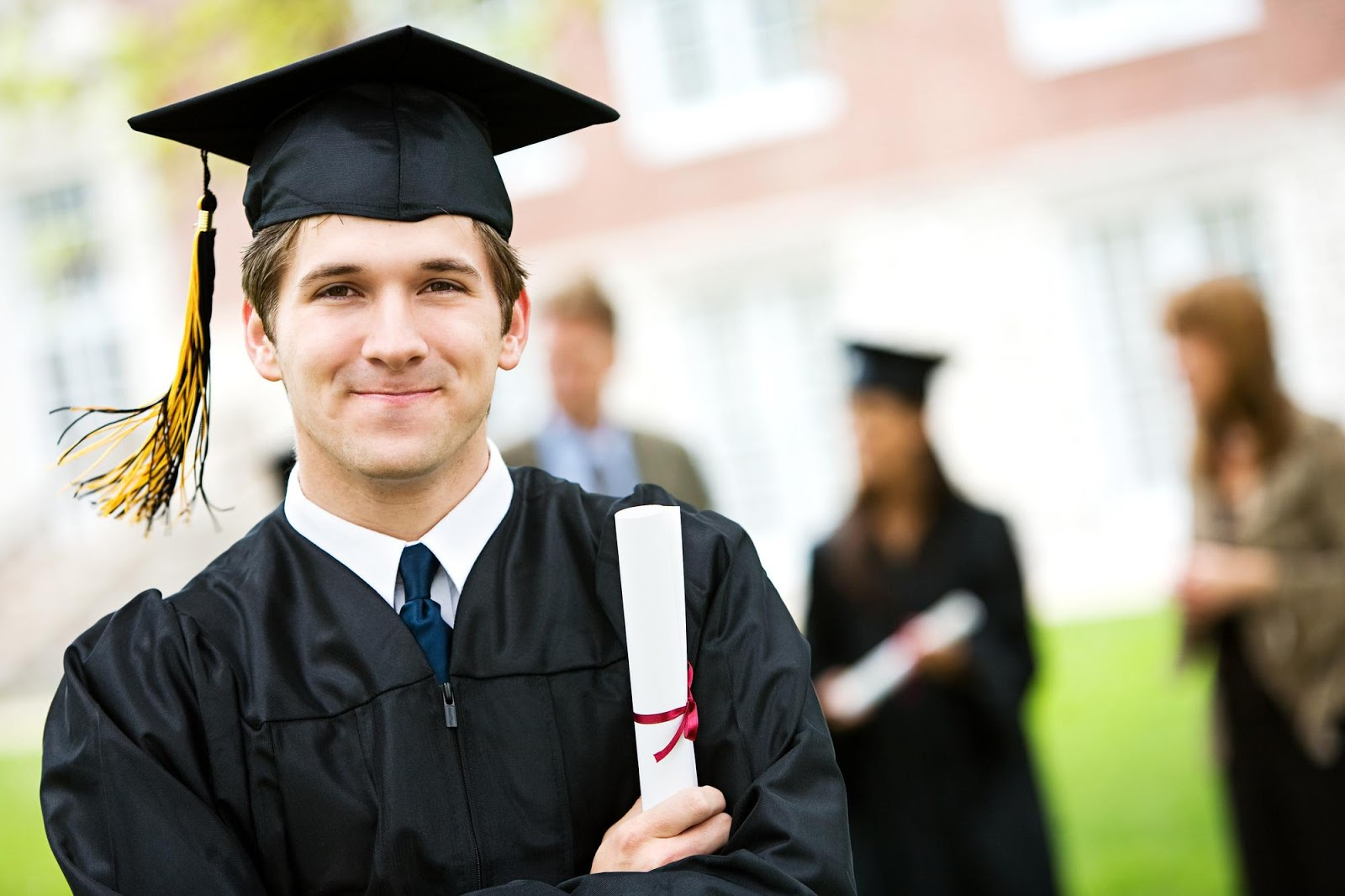 Online Degree vs. Traditional Degree: Do the Differences Matter?
